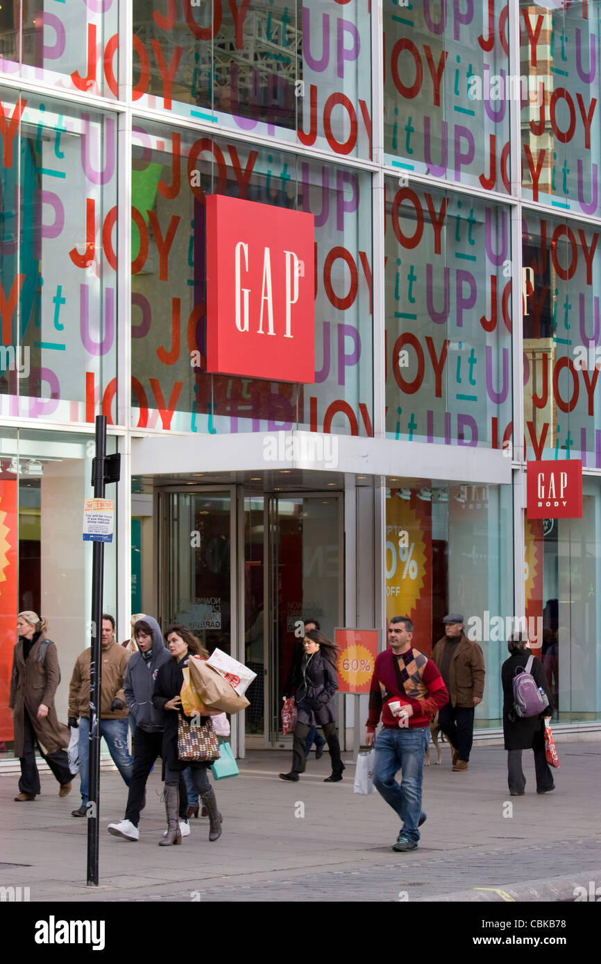 gap clothing retailer Oxford street london - Stock Image