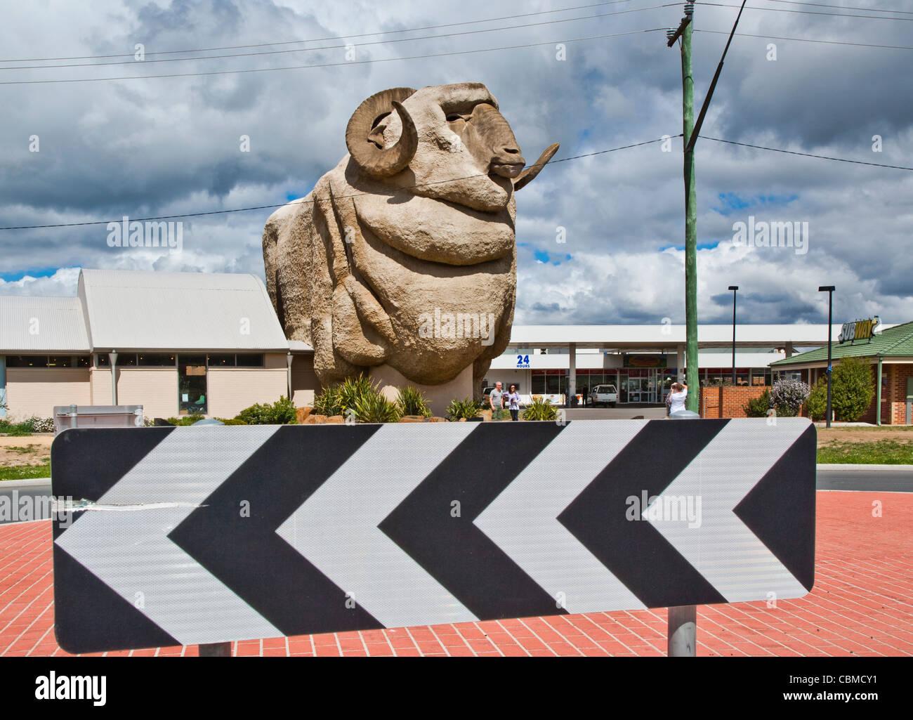 Big Merino, Goulburn, New South Wales, Australia, view of the 15 metre high life-like model of stud ram Rambo - Stock Image