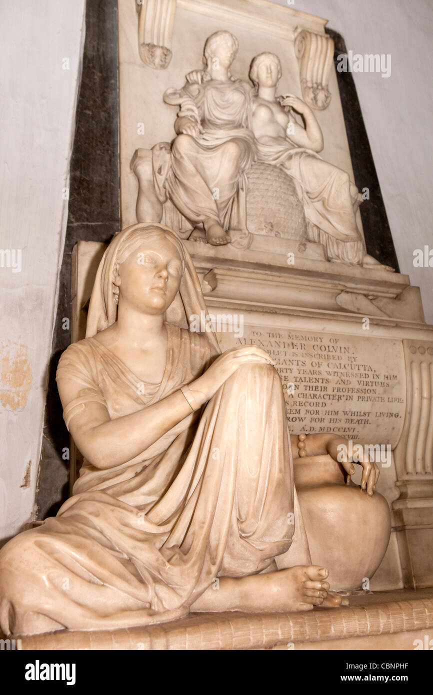 India, West Bengal, Kolkata, St Mary's Church, Alexander Colvin memorial with sculpture of poor Indian woman - Stock Image