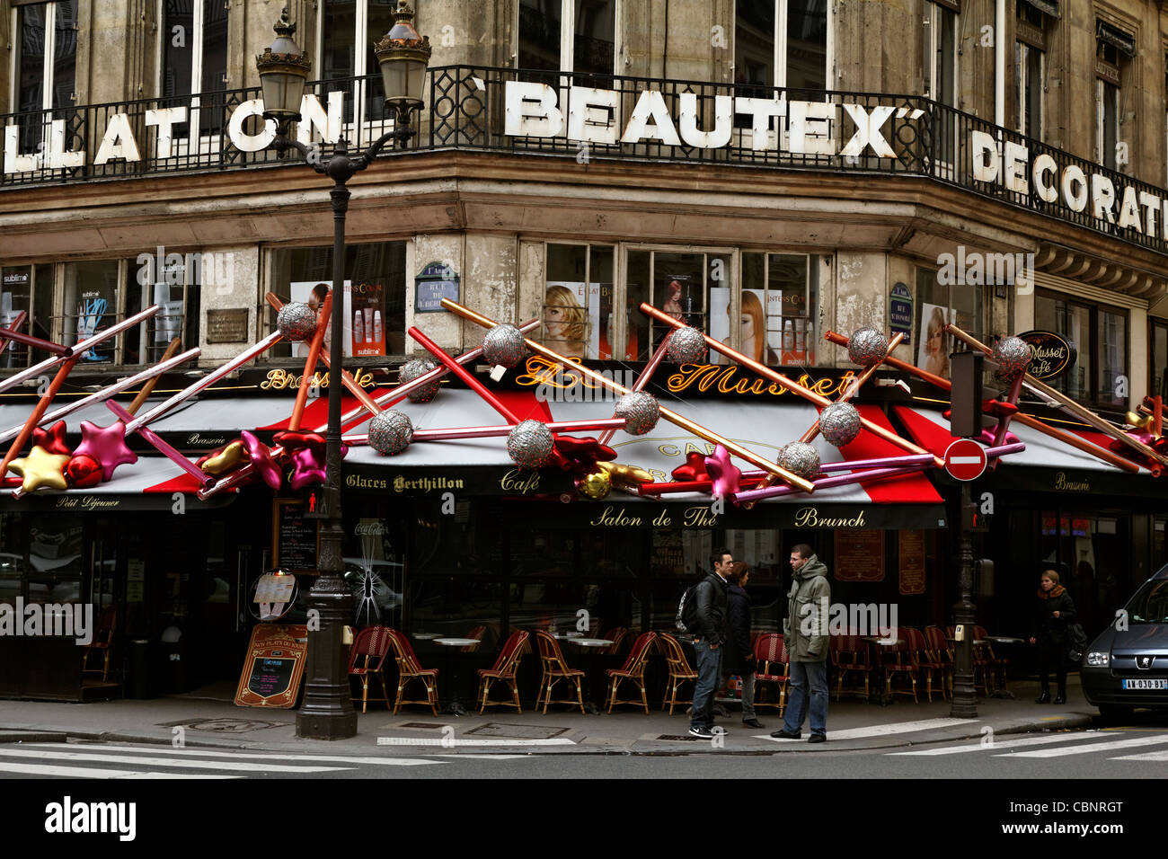 Parisian brasserie Le Musset with elaborate Christmas decorations (2011) Stock Photo