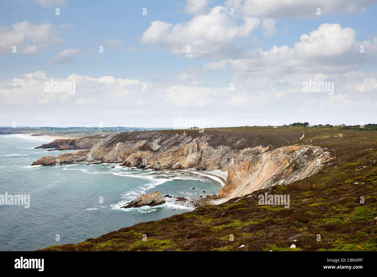 Coastline at Cap de la Chevre, Crozon Peninsula coast, Brittany, France - Stock Image