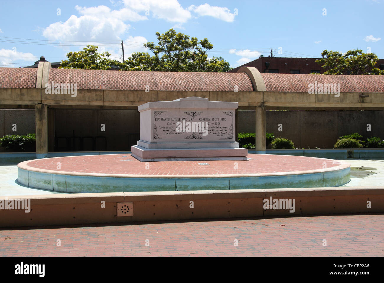 Tomb of Rev. Martin Luther King, Jr. and Coretta Scott King at the King Center, Atlanta, Georgia - Stock Image