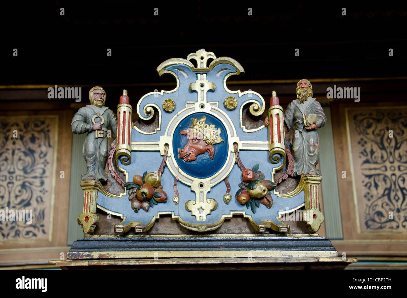 Denmark, Helsingoer. Kronborg Castle (aka Kronborg Slot). Ornate carved wooden church pew. - Stock Image