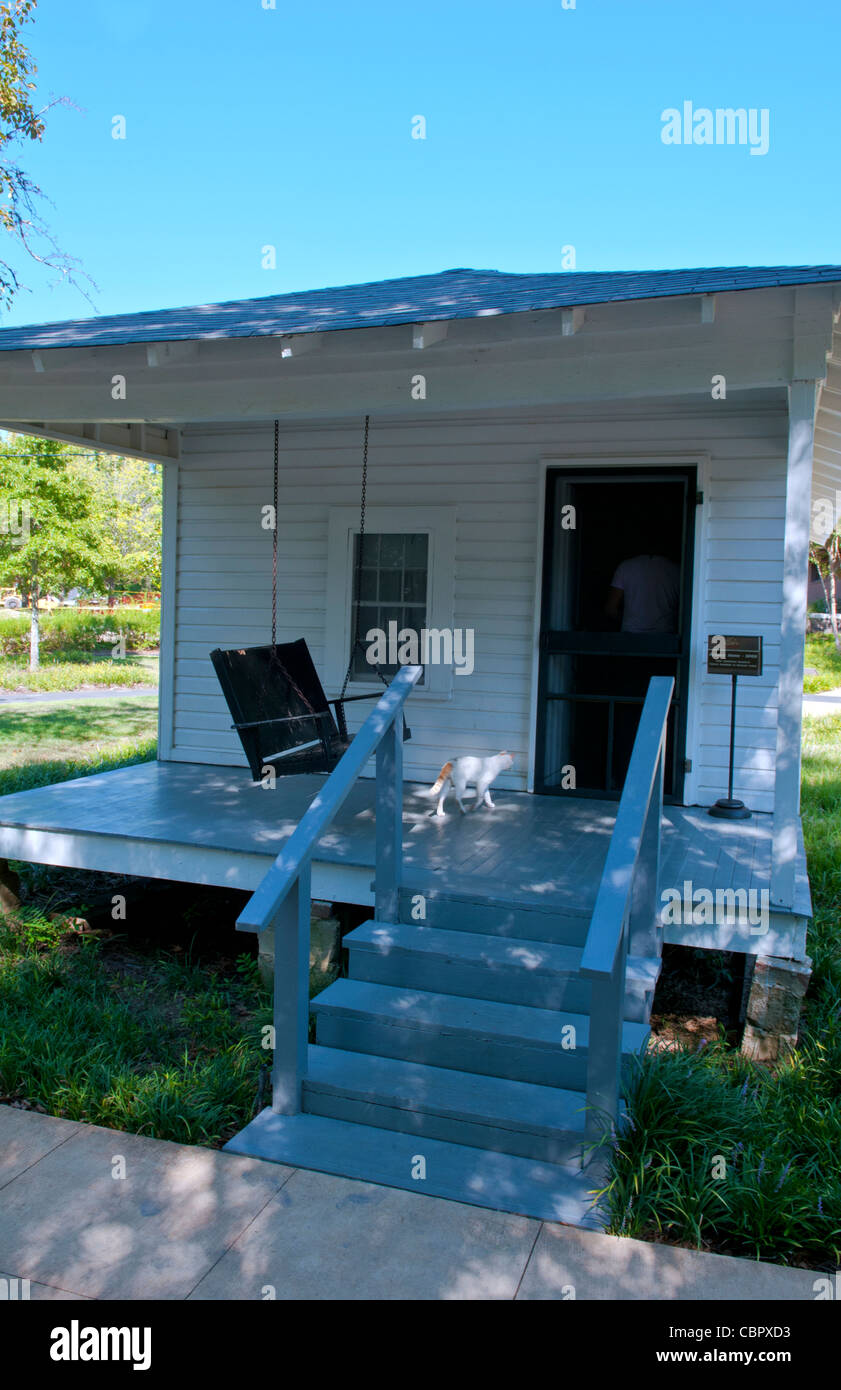Famous rock king Elvis Presley birthplace in Tupelo Mississippi on Elvis Presley Drive home porch - Stock Image