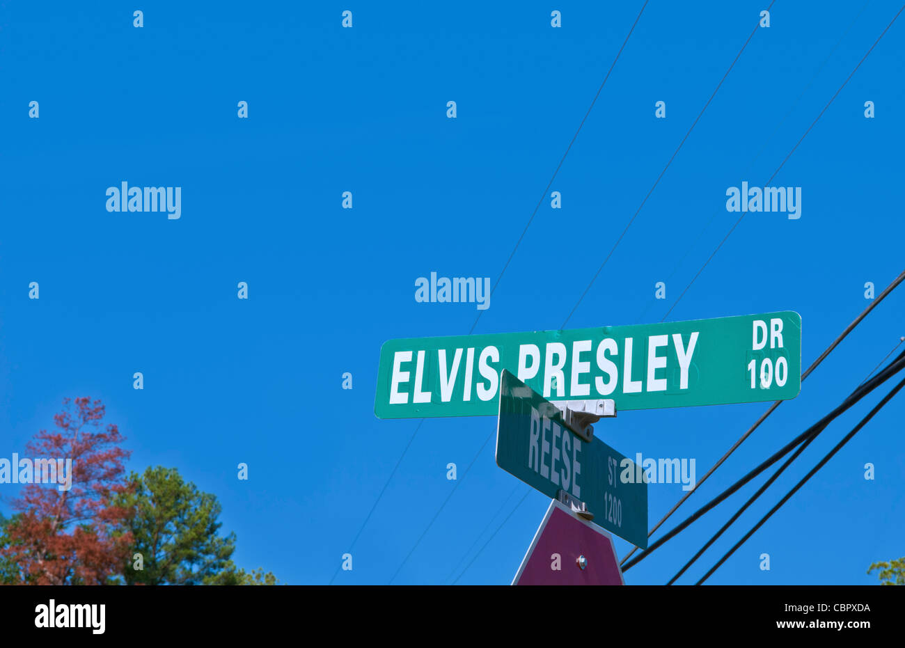 Famous rock king Elvis Presley birthplace in Tupelo Mississippi on Elvis Presley Drive - Stock Image