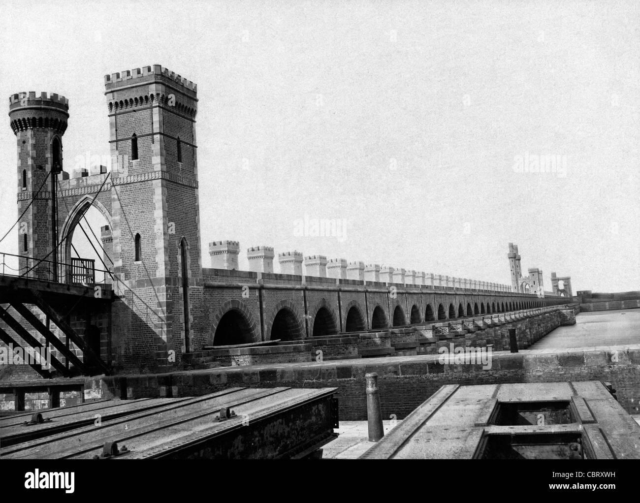 Toll bridge on the Nile River, circa 1880 - Stock Image