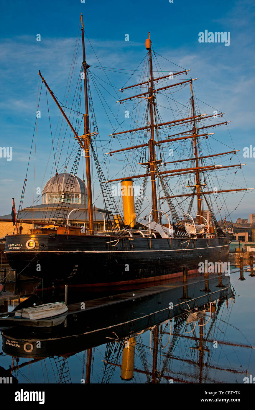 RRS Discovery at Discovery Point in Dundee, Scotland - Stock Image