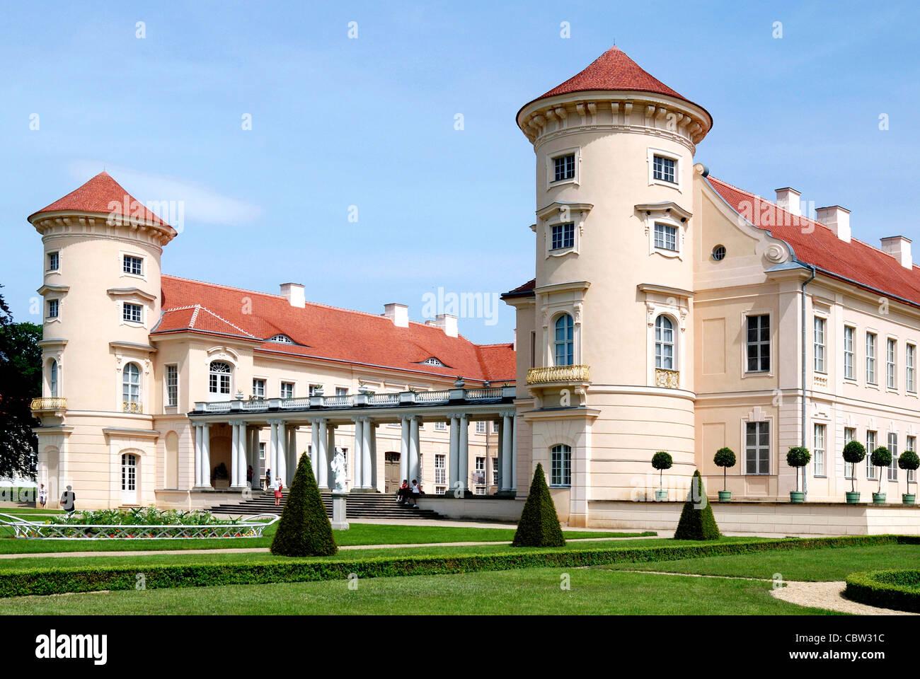 Rheinsberg castle at the Grienericksee in Brandenburg. - Stock Image