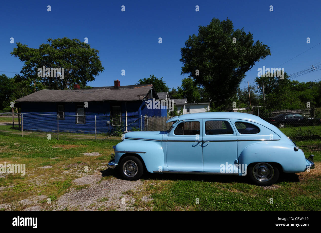 Plymouth sedan 1948 blue cabin three green light blue : sucide doors - pezcame.com