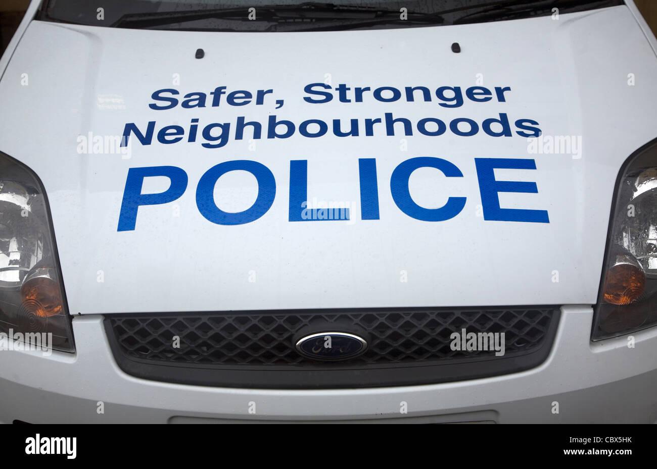 Safer, stronger neighbourhoods police car bonnet sign, Bath, England - Stock Image