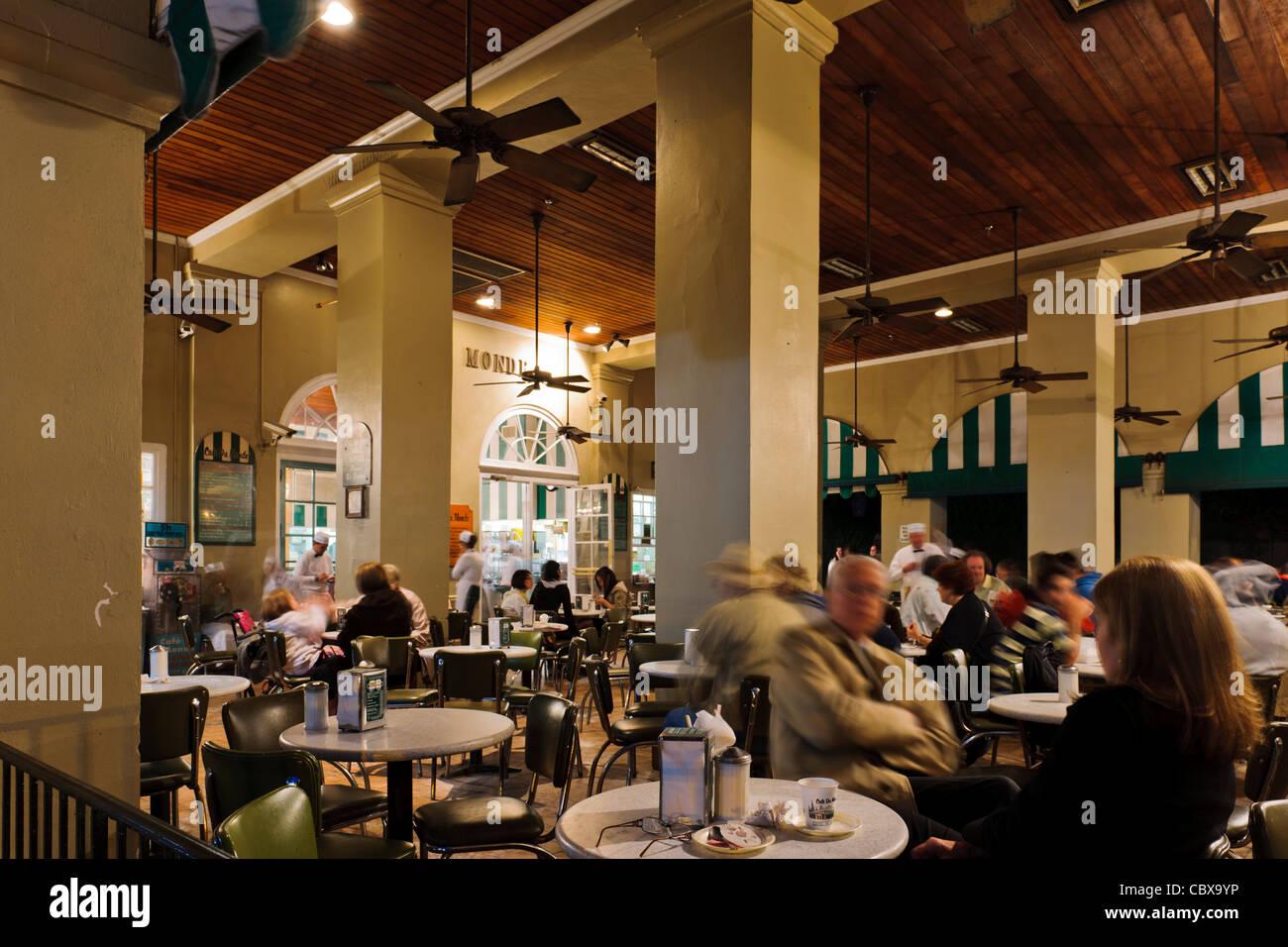 Cafe Du Monde, New Orleans - Stock Image