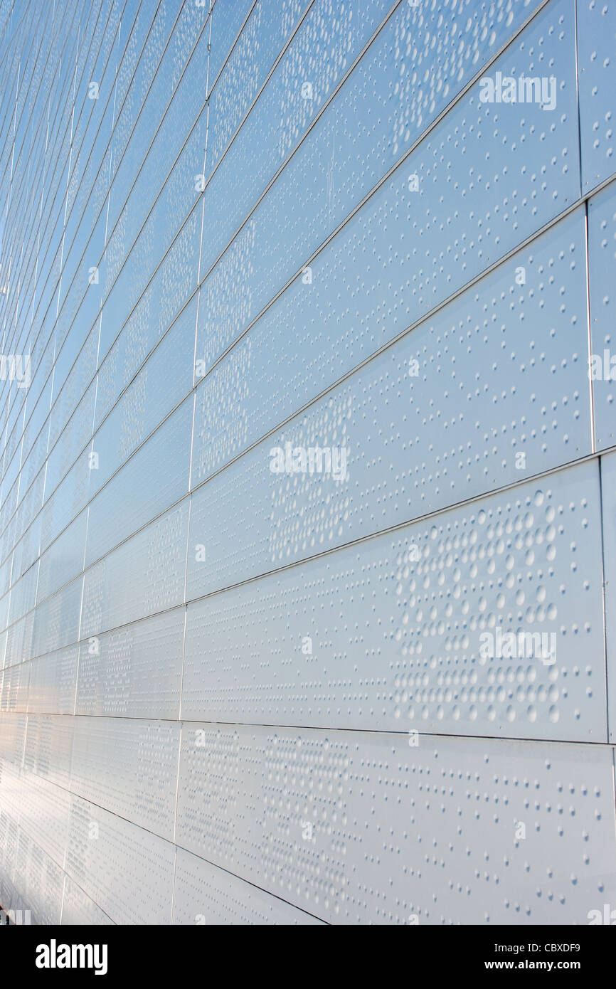 Wall of new modern building - Stock Image
