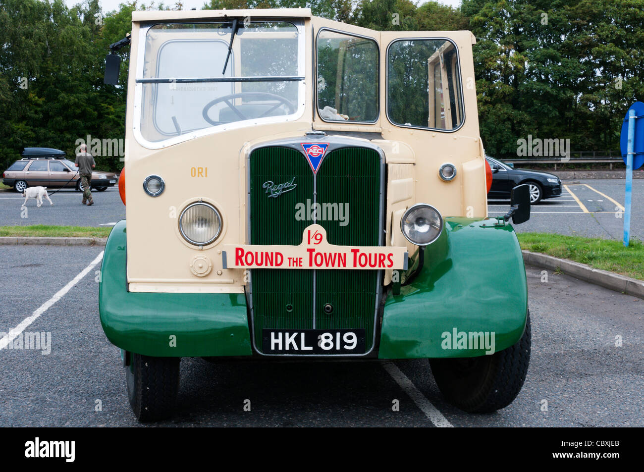 Sign for Round The Town Tours on the front of an old bus. - Stock Image