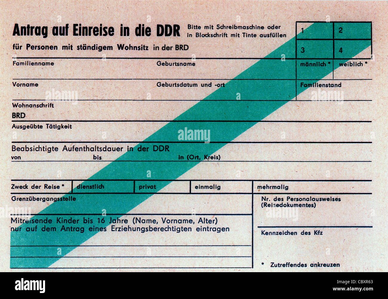application form for the entry into the gdr stock image - Elterngeldantrag Ausfullen Muster