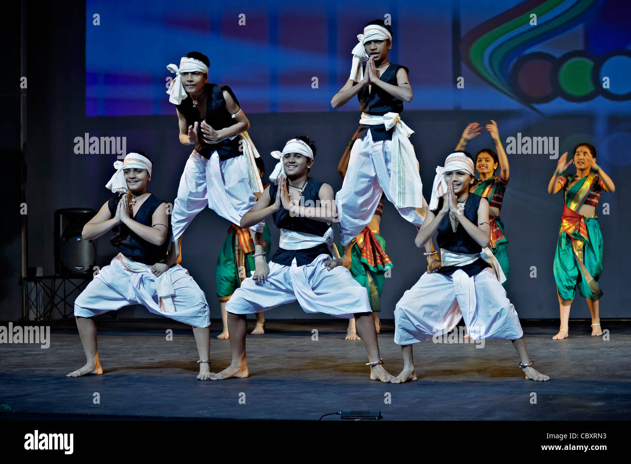 15b8712a6aa72 Indian Children Performing Traditional Dance Stock Photos & Indian ...