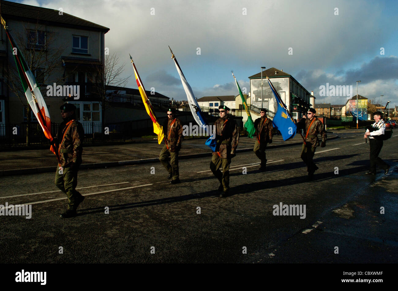 Dissident Real IRA colour party at a republican commemoration in the Bogside, Londonderry, Northern Ireland. - Stock Image