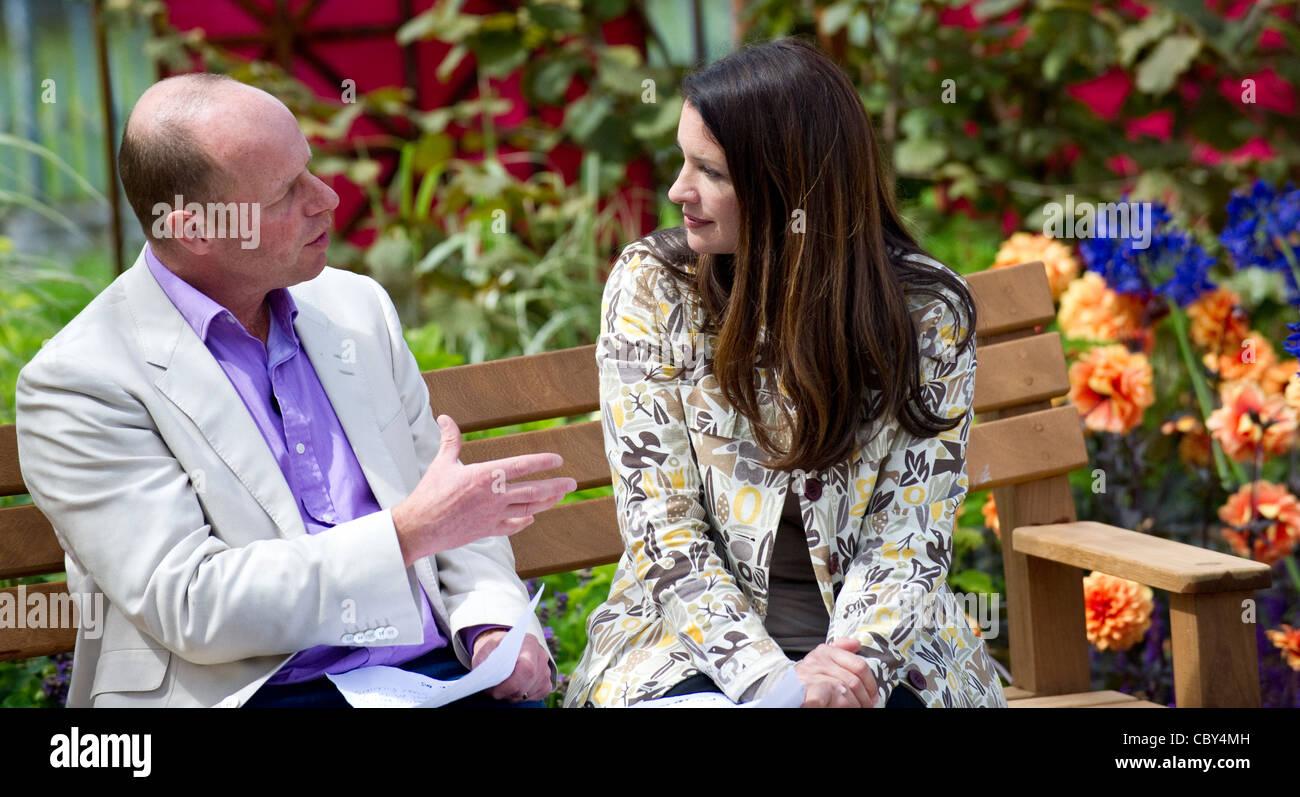 Joe Swift and Rachel de Thame presenting The Royal Hampton Court Flower Show - Stock Image