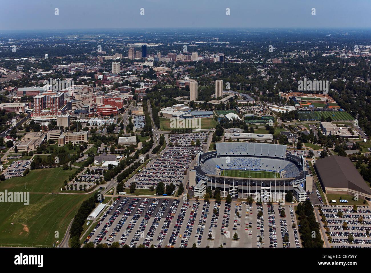 The University Of Kentucky And: University Of Kentucky Campus Stock Photos & University Of