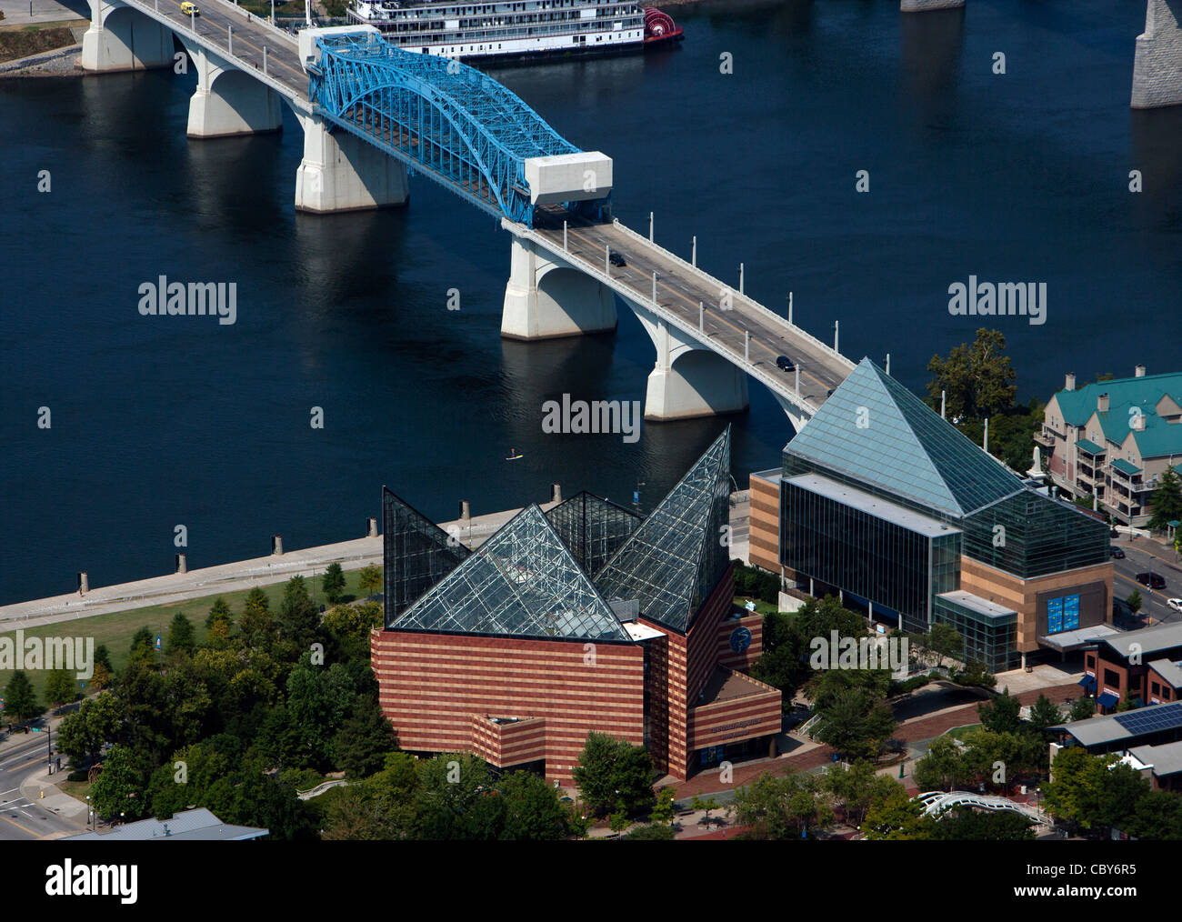 aerial photograph Tennessee Aquarium, Chattanooga, Tennessee - Stock Image
