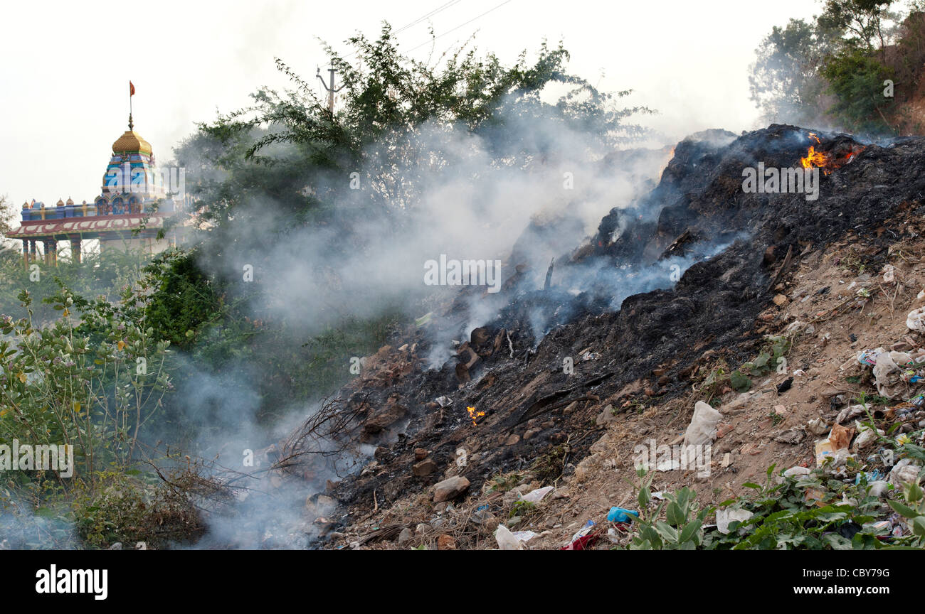 Household waste being burnt on the roadside in India. Andhra Pradesh, India Stock Photo