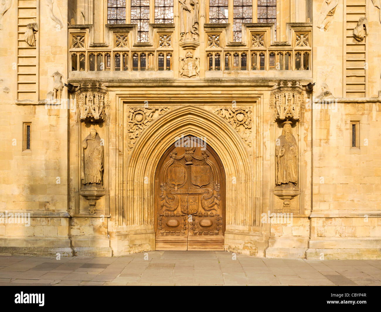 Detail of 16th century Bath Abbey west front including door and u0027ladders of angelsu0027 motif Bath Somerset England UK.  sc 1 st  Alamy & Detail of 16th century Bath Abbey west front including door and ...