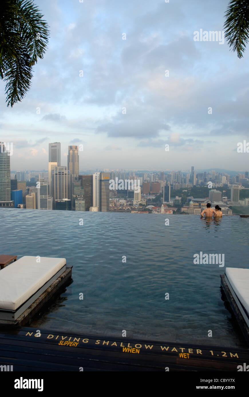 Infinity Pool Singapore Stock Photos Infinity Pool Singapore Stock Images Alamy