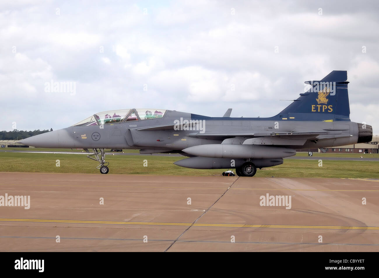Empire Test Pilot's School Saab JAS 39B Gripen taxis after landing at the 2008 Royal International Air Tattoo, RAF - Stock Image