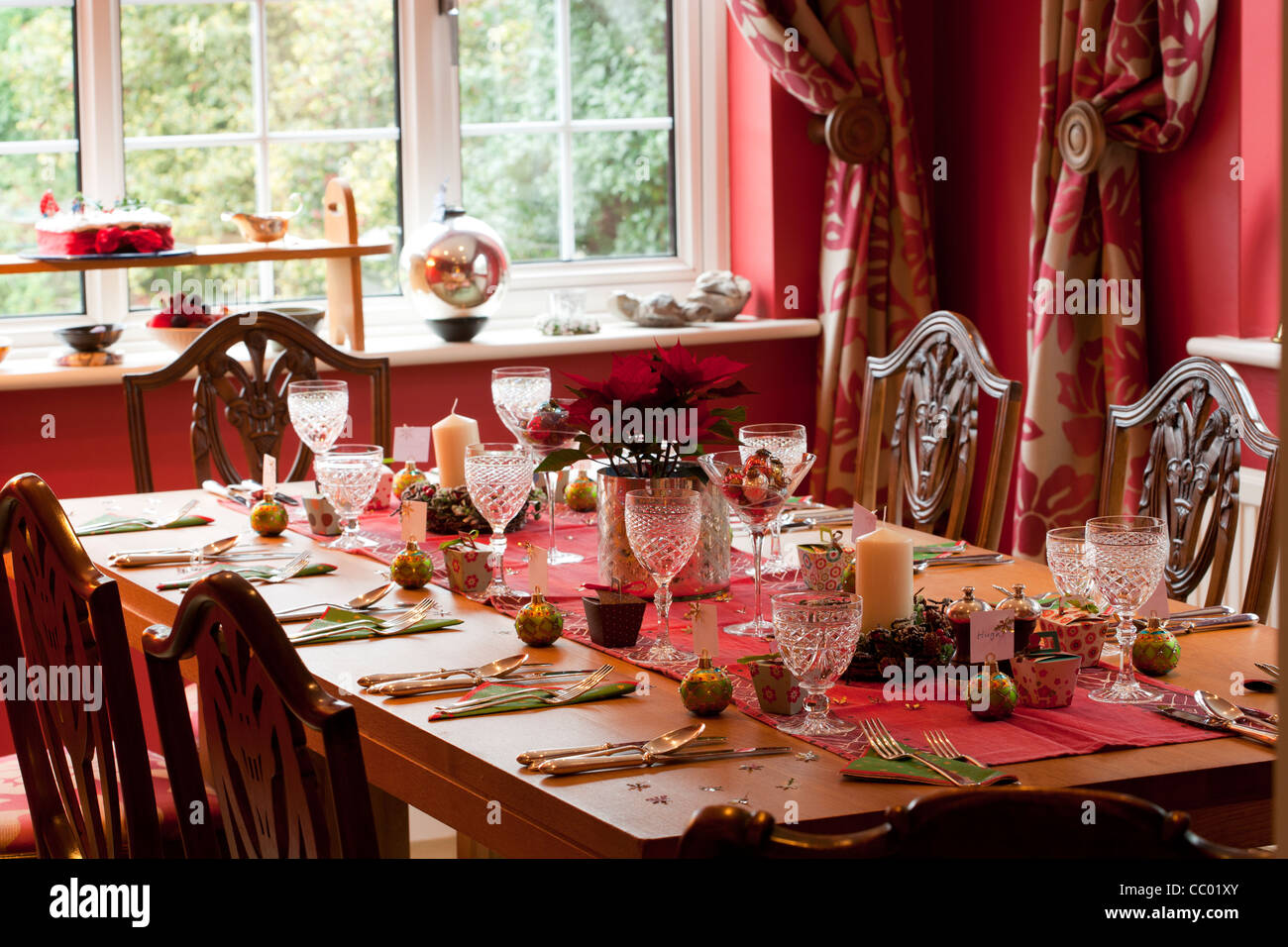 Dining table at Christmas - Stock Image