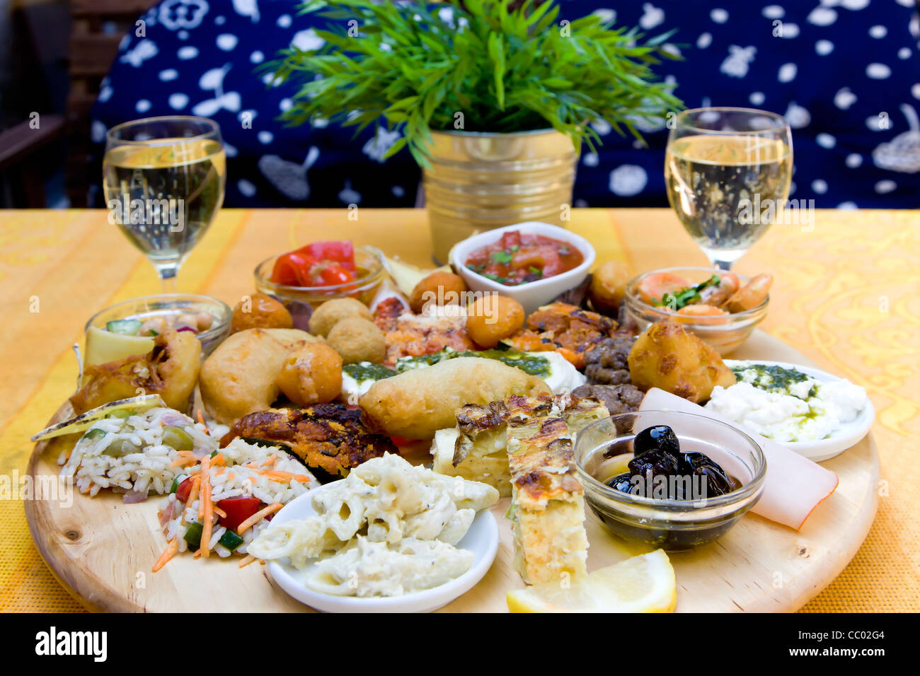 Plate of mixed Italien food - Stock Image
