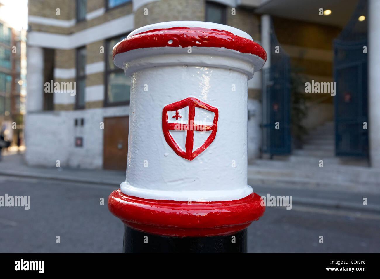 freshly painted city of London street bollard England UK United kingdom - Stock Image