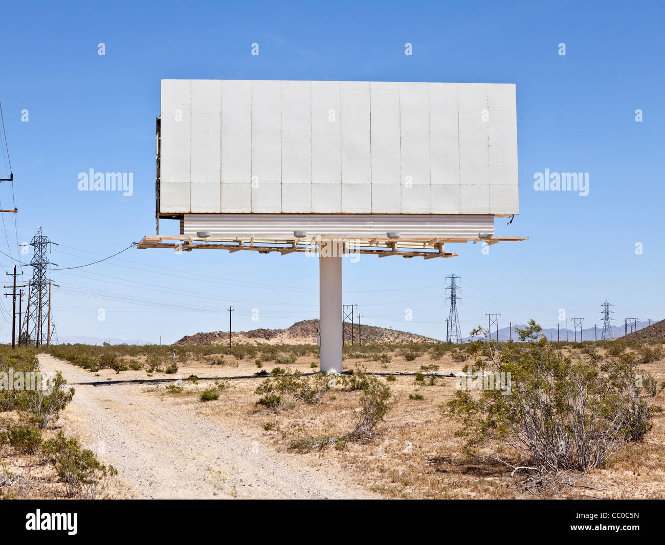 Blank billboard in the middle of the Mojave desert. - Stock Image