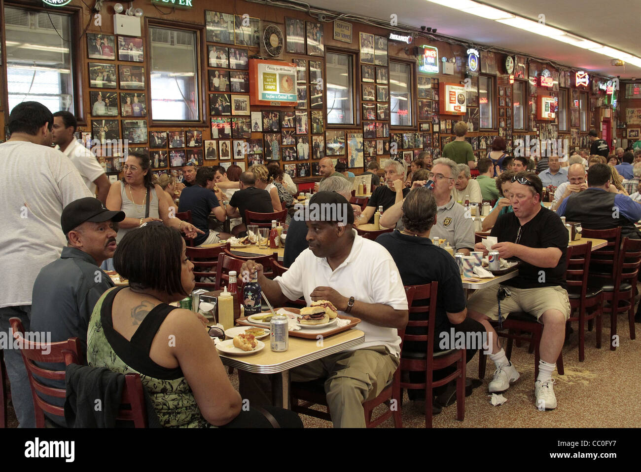 katz's delicatessen, restaurant, manhattan, new york city, new york