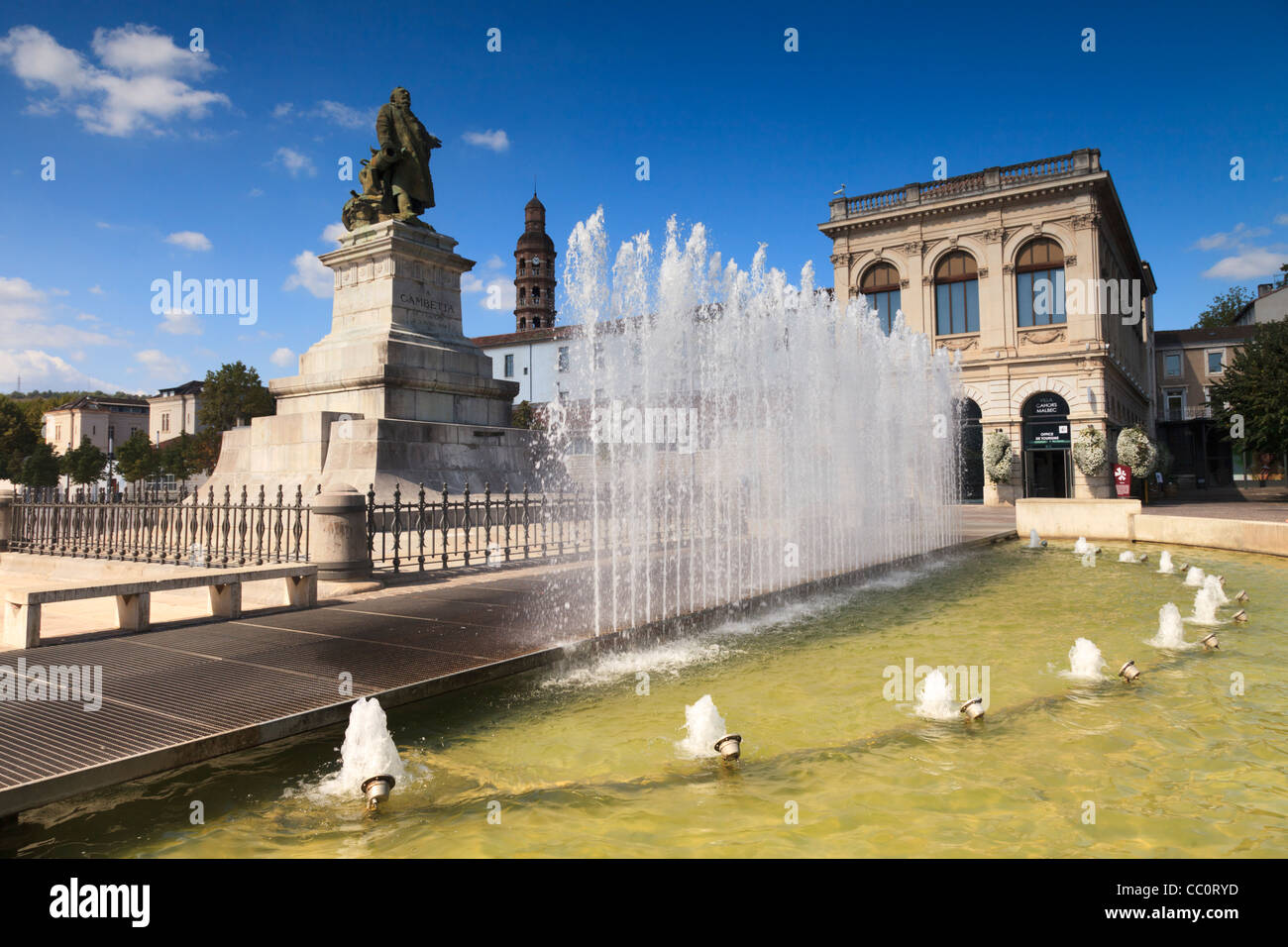 Fountain and statue of French statesman Leon Gambetta, who was born in Cahors. - Stock Image
