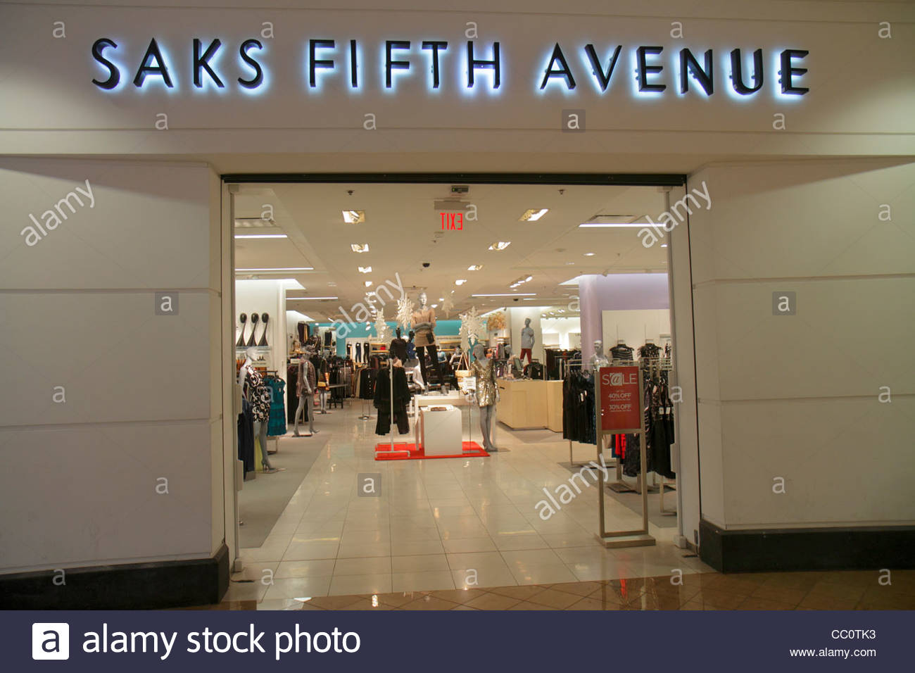 New Orleans Louisiana Canal Street Shops at Canal Place mall shopping Saks Fifth Avenue front entrance department - Stock Image