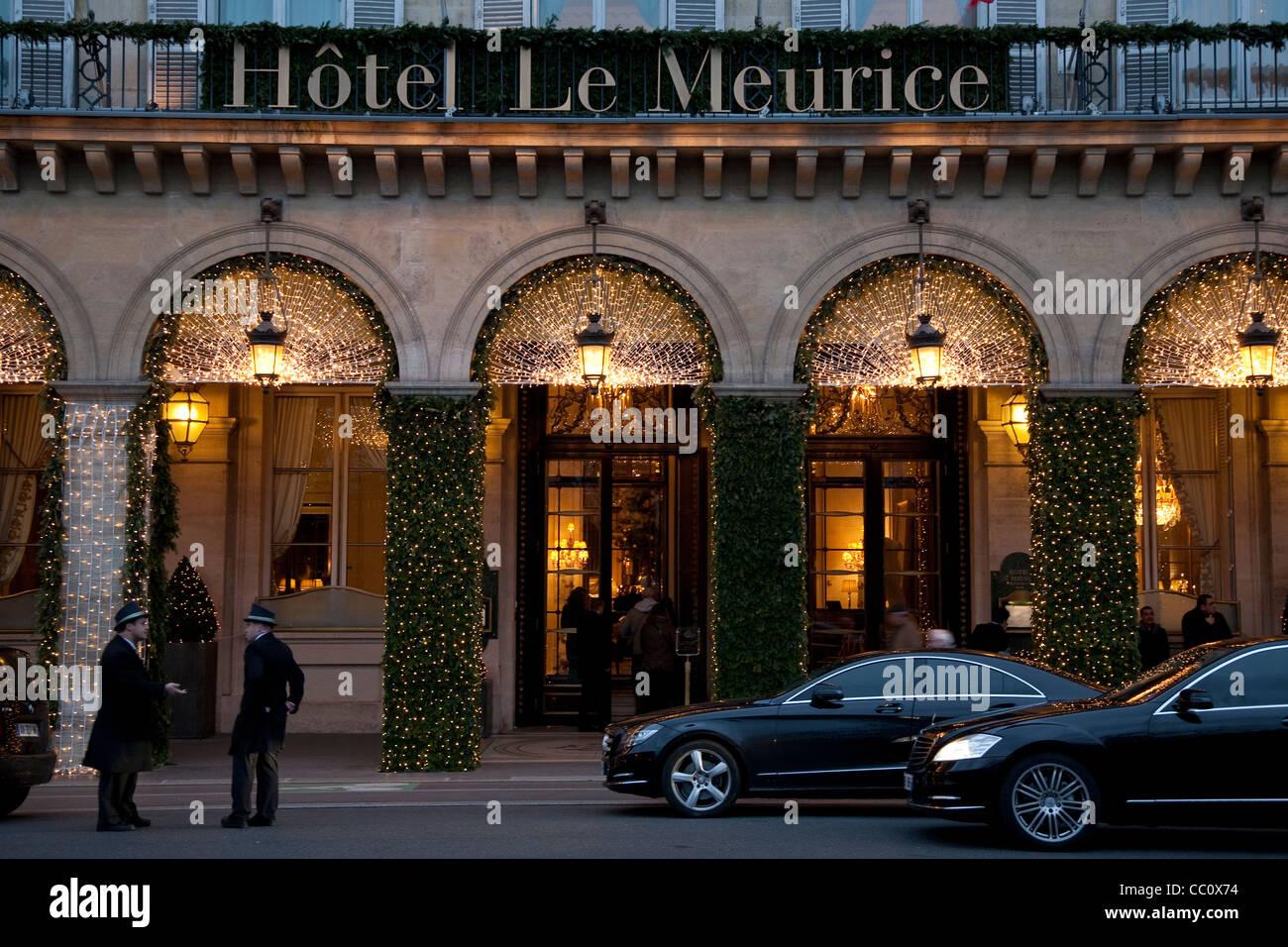 Meurice hotel stock photos meurice hotel stock images alamy - Salon de the rue de rivoli ...