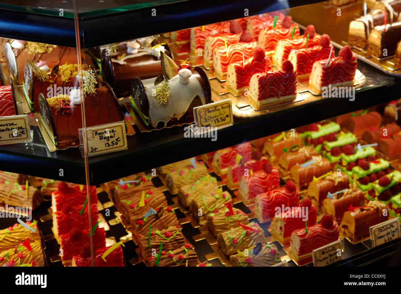 Christmas patisserie display in Boulangerie Alexandra, a popular bakery in the suburbs of Paris. Le Perreux-sur - Stock Image