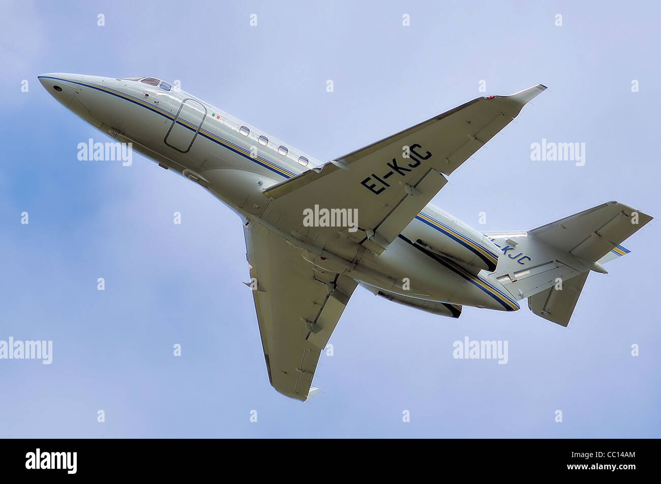 Raytheon Hawker 850XP (EI-KJC) takes off from Bristol International Airport, England. - Stock Image