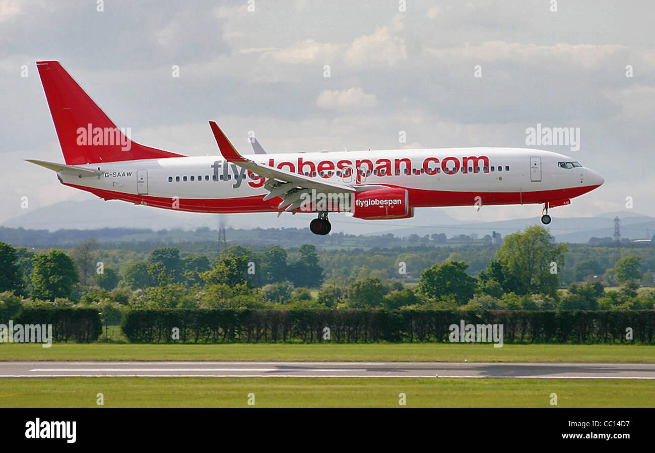 Flyglobespan Boeing 737 version 8Q8, registration number G-SAAW, landing at Glasgow International Airport - Stock Image