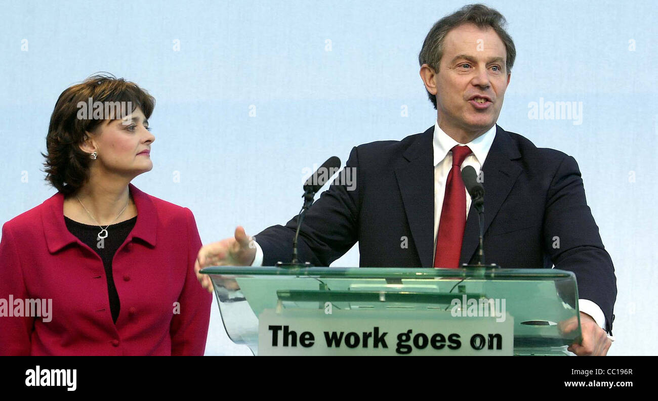 The Blairs Tony and Cherie on the morning of the labour victory in 2001 - Stock Image