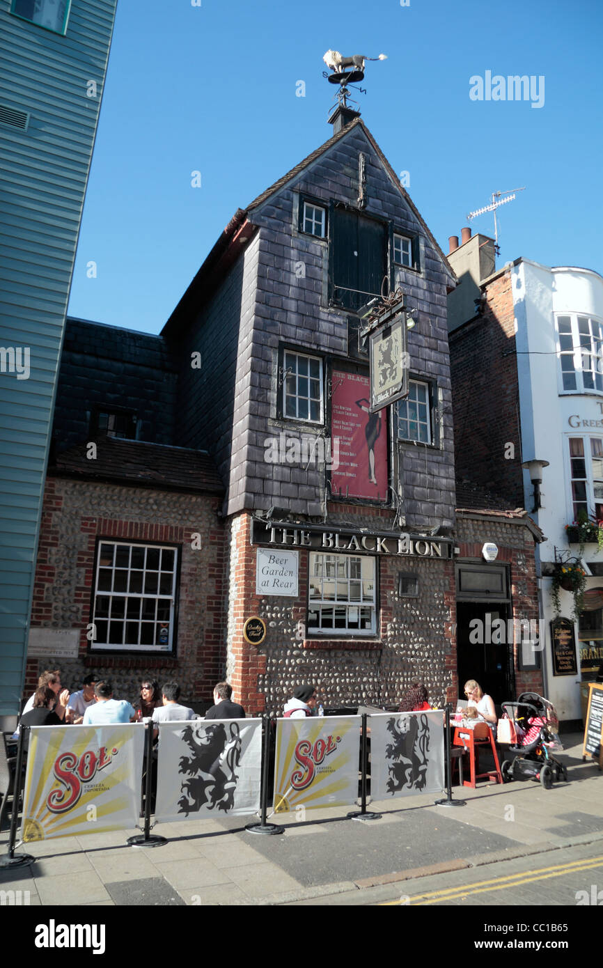 The Black Lion public house in the Brighton Lanes shopping area, Brighton, East Sussex, UK. - Stock Image