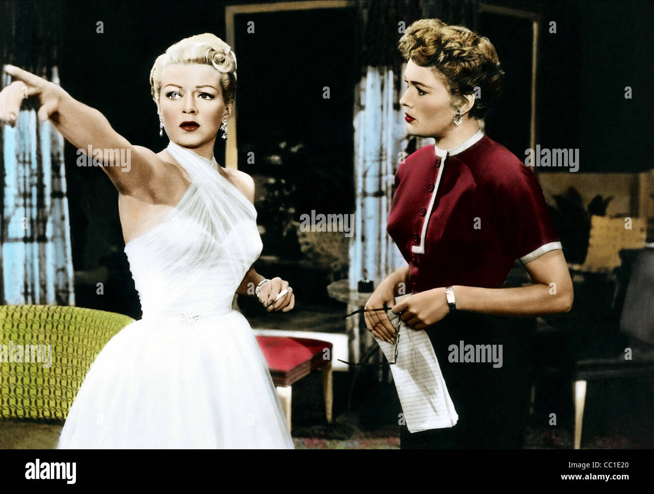 LANA TURNER & JEAN HAGEN LATIN LOVERS (1953) - Stock Image