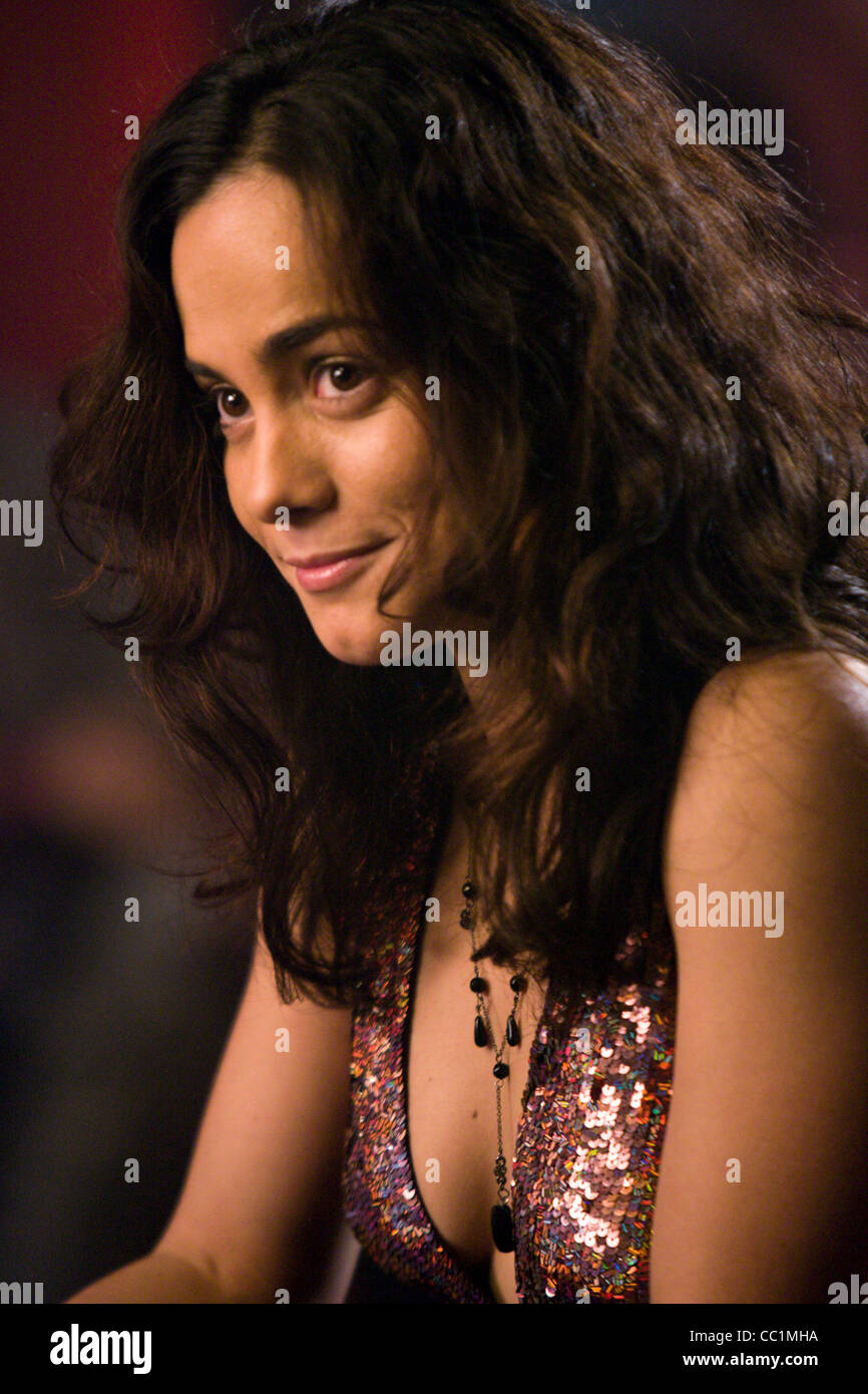 Fappening Young Alice Braga naked photo 2017