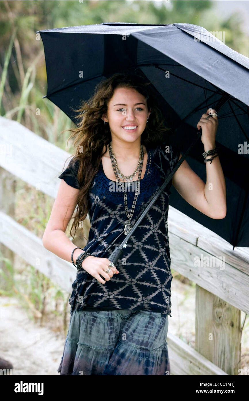 MILEY CYRUS THE LAST SONG (2010 Stock Photo: 41834930 - Alamy