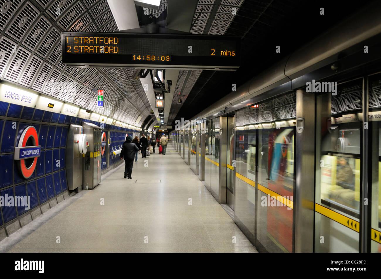 London Bridge Underground Station Jubilee Line Platform, London, England, UK - Stock Image