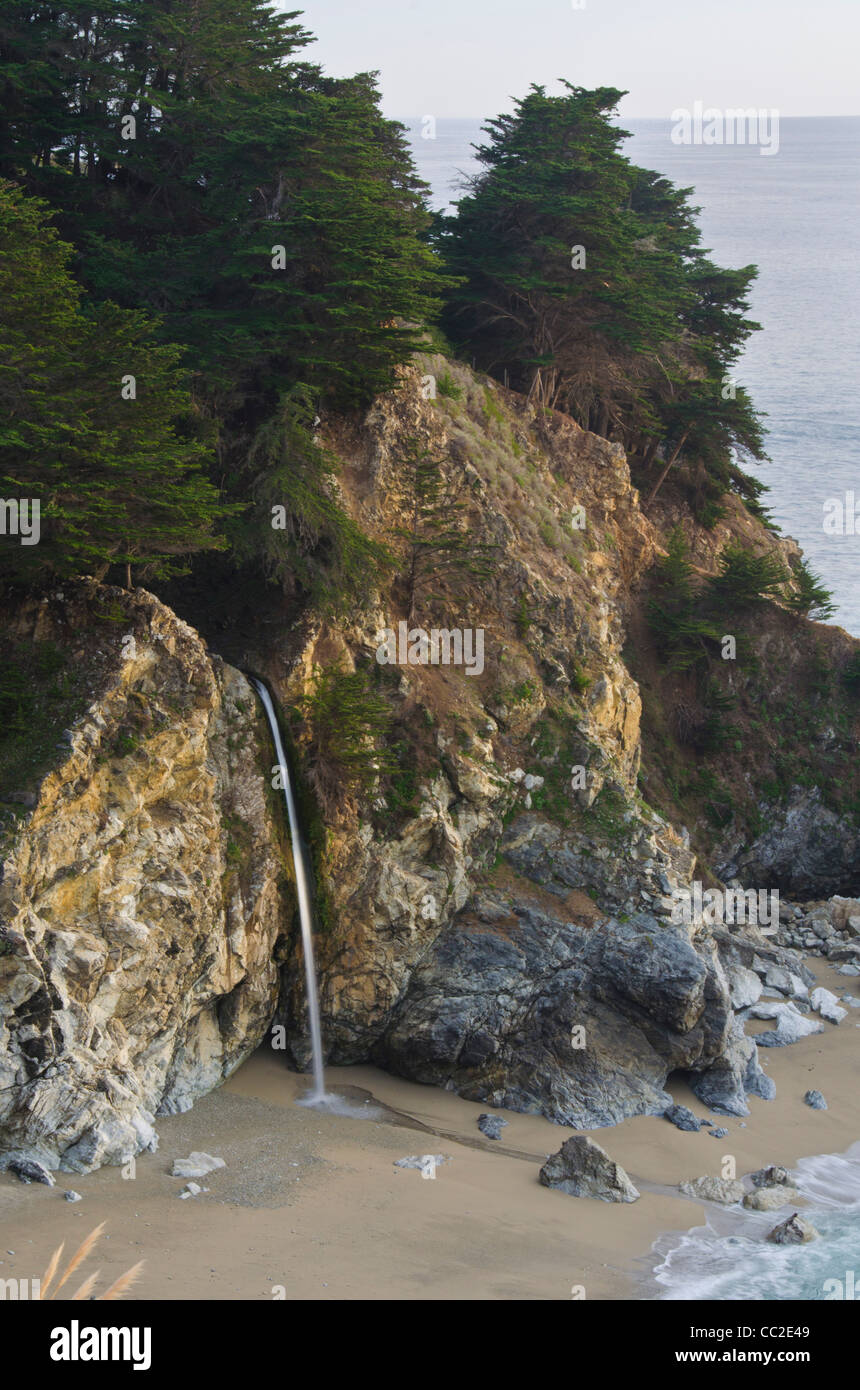 McWay Fall, Big Sur, Central Coast, California - Stock Image