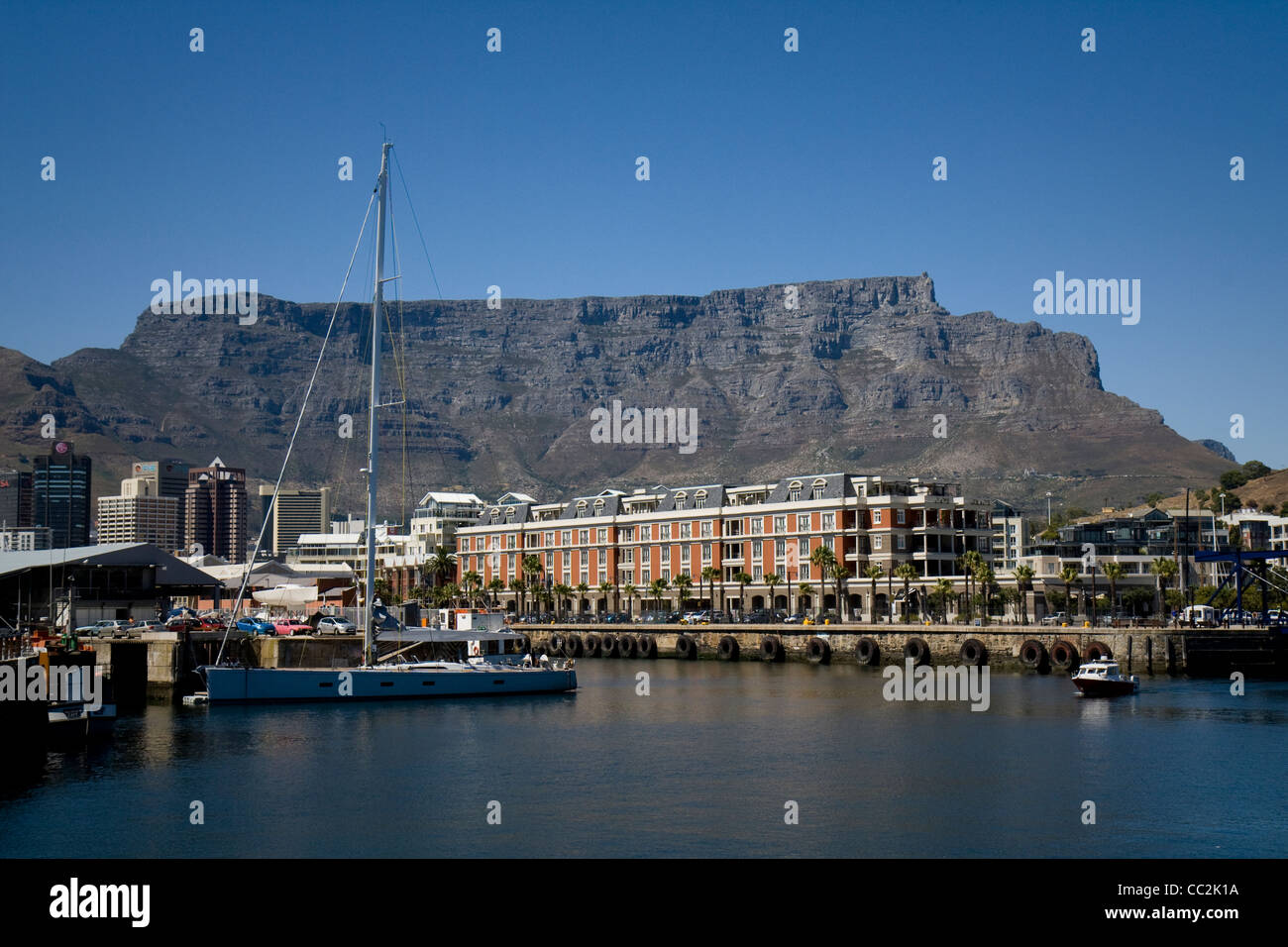 A view of Table Mountain from the waterfront - Stock Image