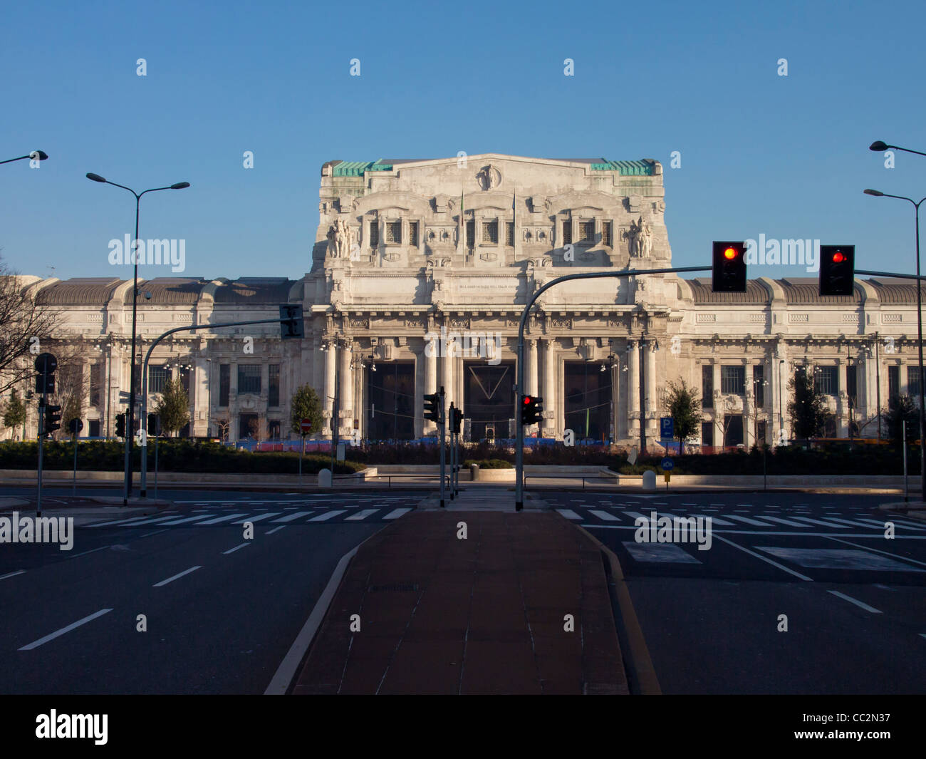 Central railway station Milano - Stock Image