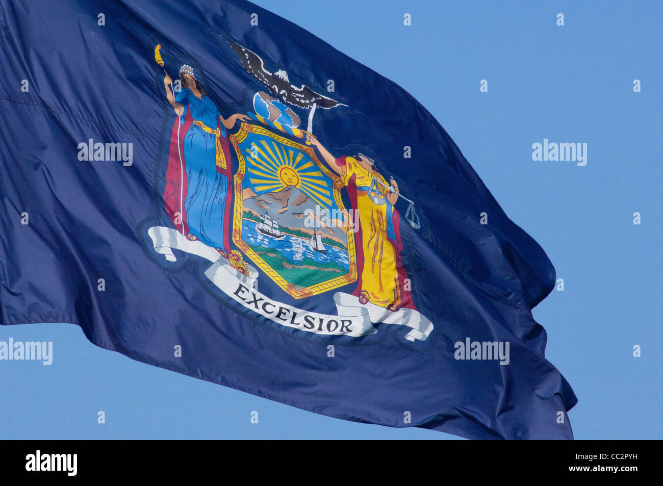 New York state, Erie Canal on the Mohawk river between Little Falls & Sylvan Beach. New York state flag with - Stock Image