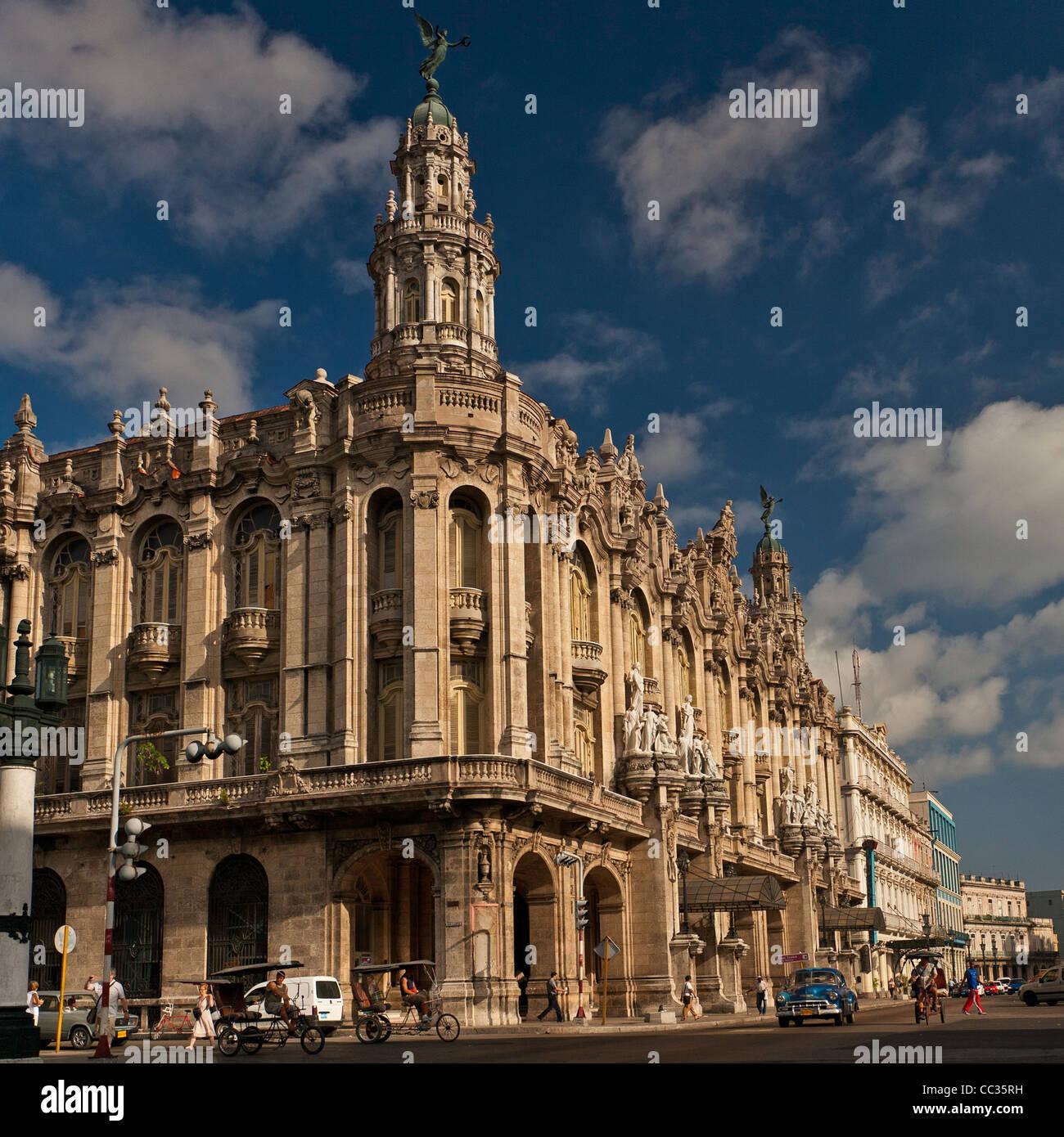Gran Teatro de la Habana. Home to Ballet Nacional de Cuba ...