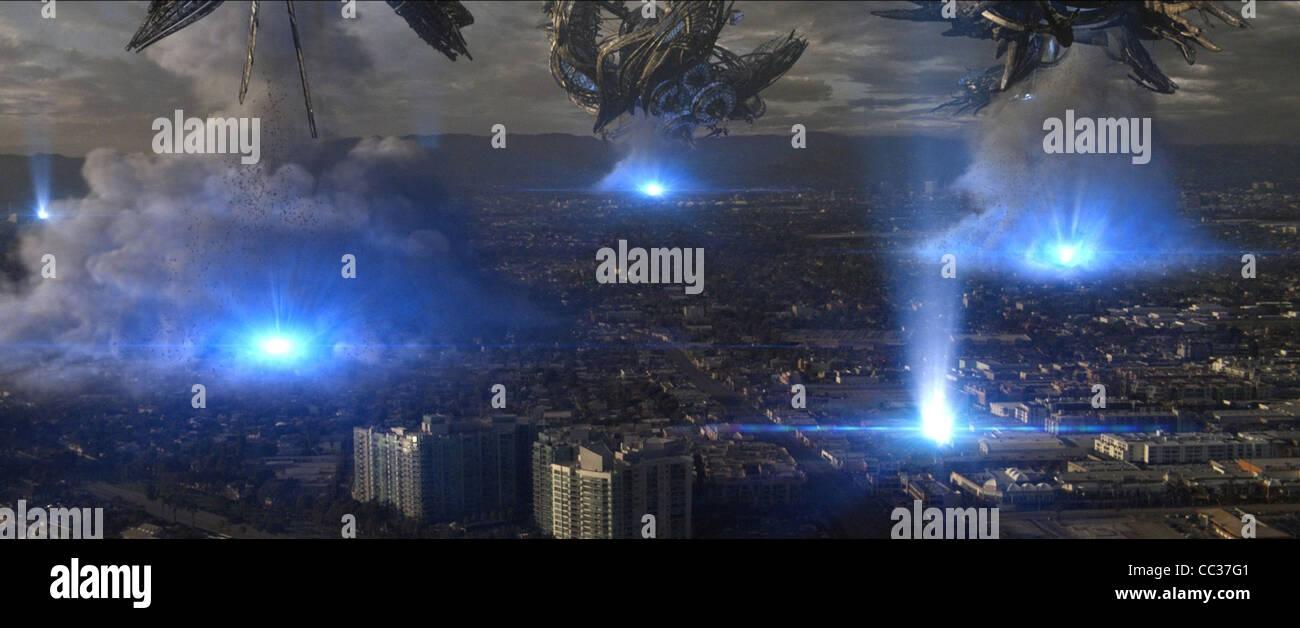 UFOS ATTACK LOS ANGELES SKYLINE (2010) - Stock Image